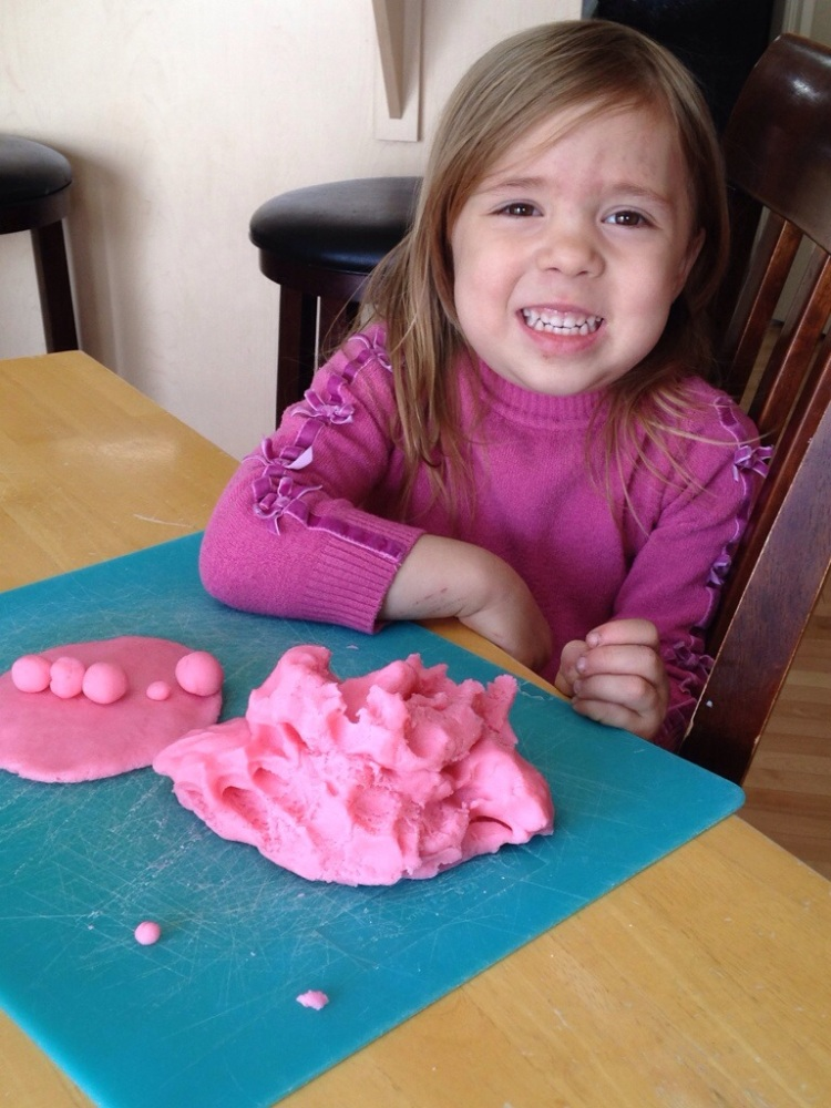 DIY:The best homemade playdough
